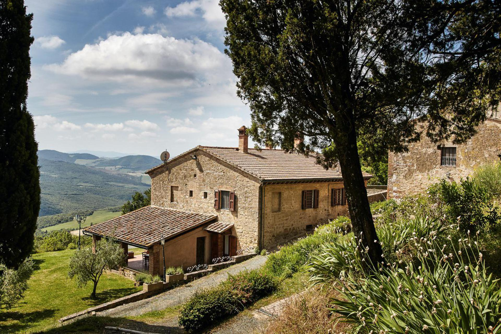Agriturismo Toskana Familienfreundlicher Agriturismo in zentraler Lage in der Toskana