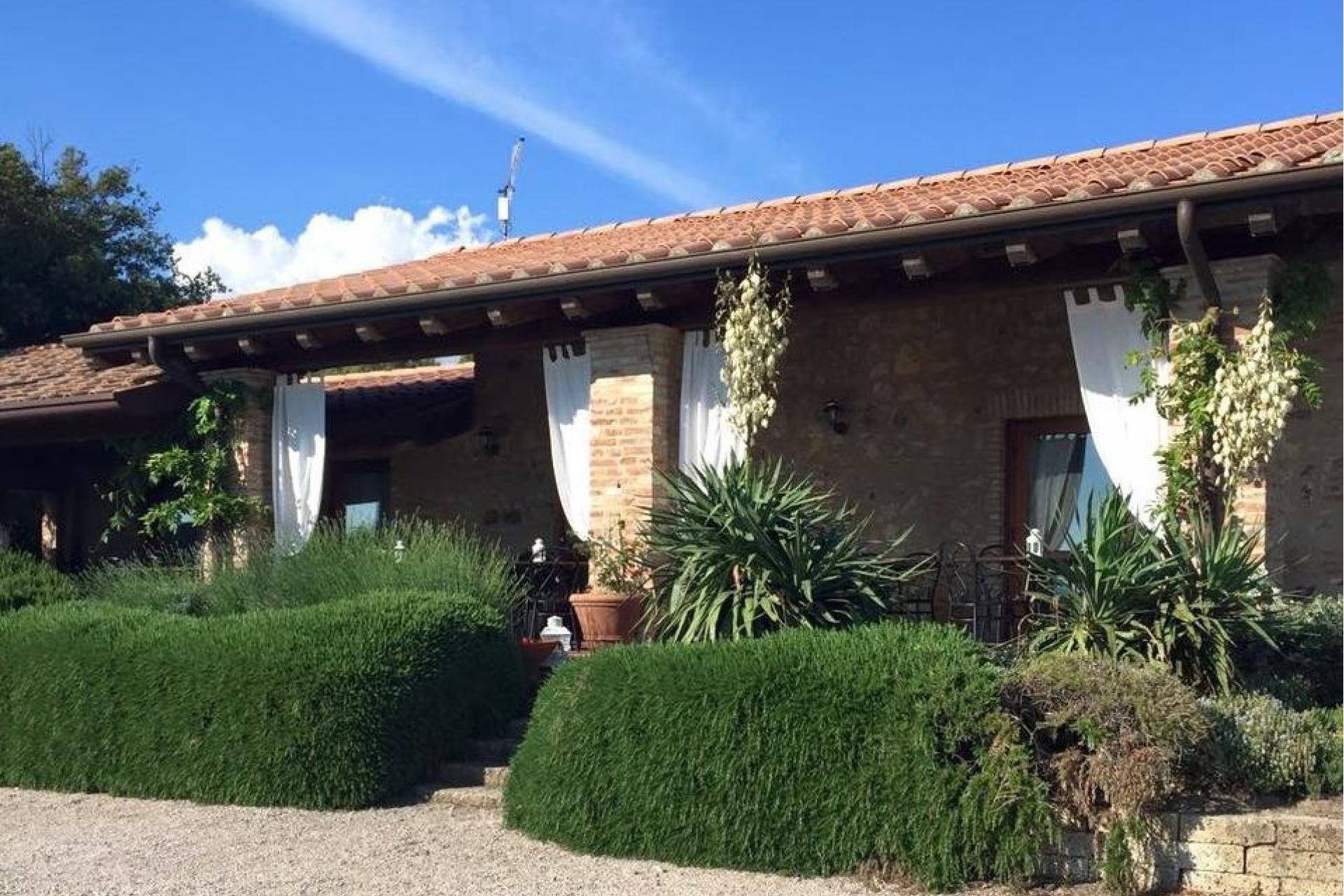 Agriturismo Toskana Kleiner Ferienhof in den Hügeln der Toskana