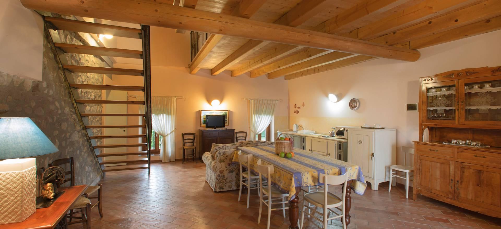Agriturismo Comer See und Gardasee Agriturismo Gardasee, kleines und gemütliches Anwesen