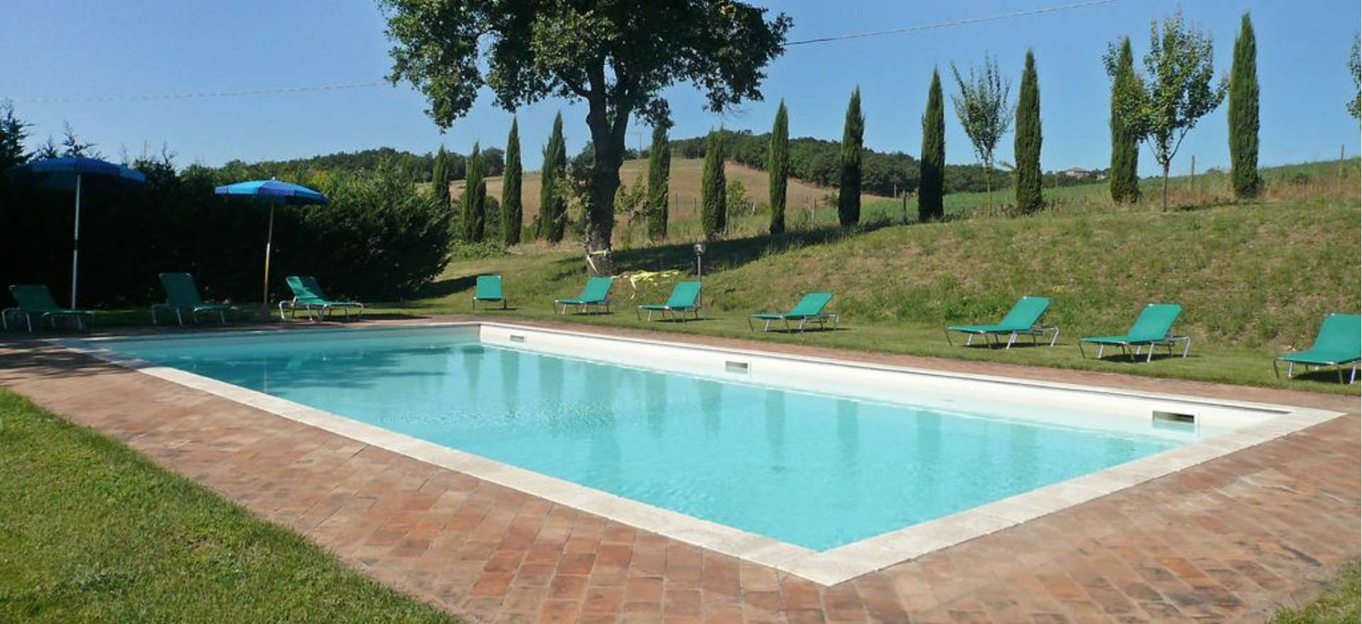 agriturismo toskana zwei h user mit privatem pool. Black Bedroom Furniture Sets. Home Design Ideas