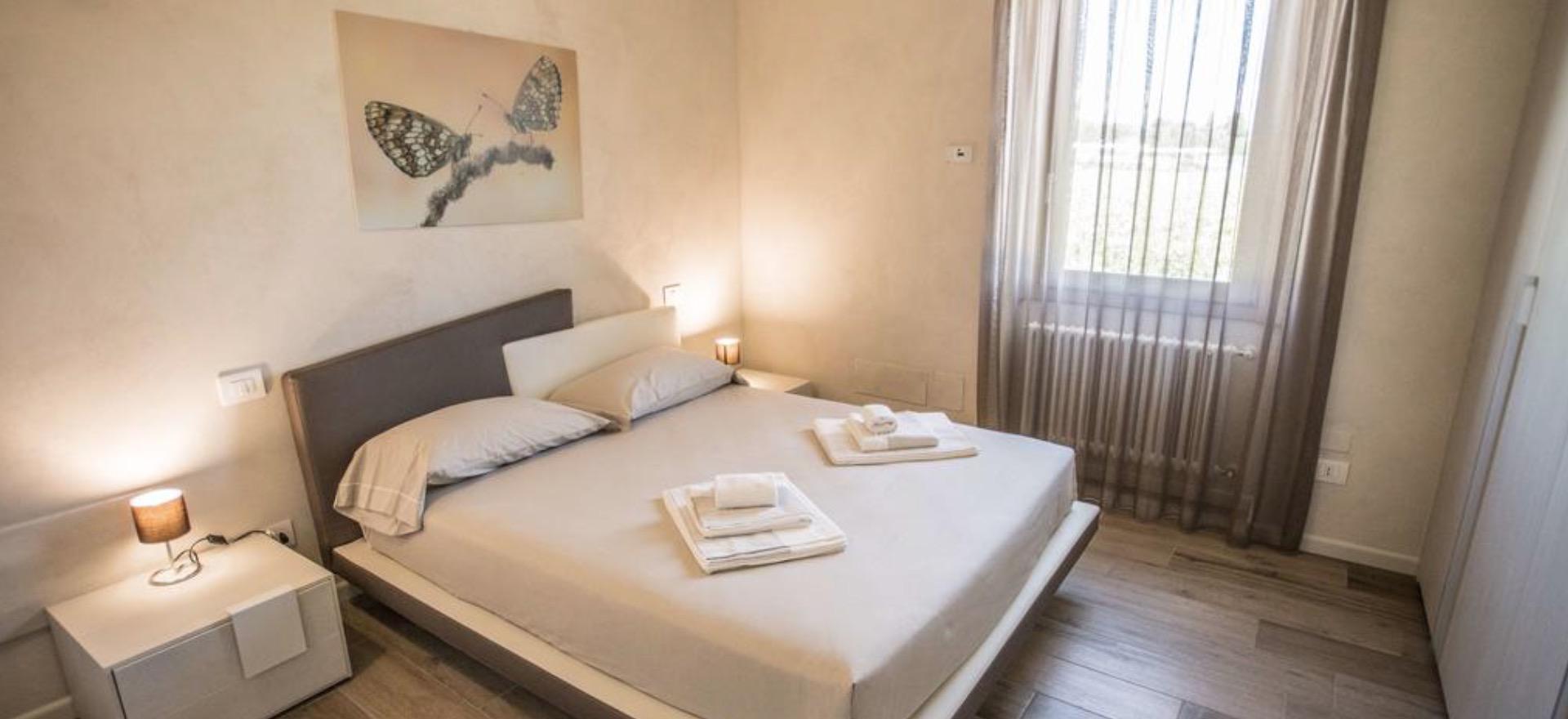 luxus agriturismo nur wenige gehminuten vom gardasee entfernt. Black Bedroom Furniture Sets. Home Design Ideas